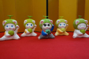 島根石正美術館土人形招き猫絵付け体験